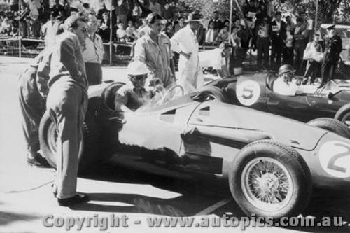 57501 - S. Jones Maserati 250F / J. Brabham Cooper - Albert Park 1957