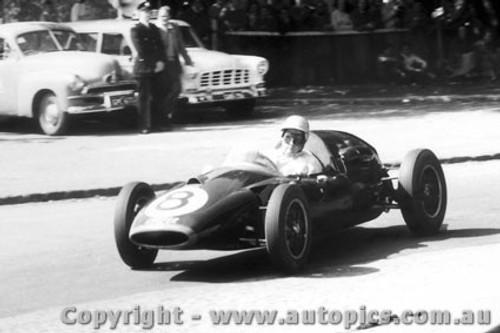 58509 - J. Brabham Cooper  - Albert Park 1958