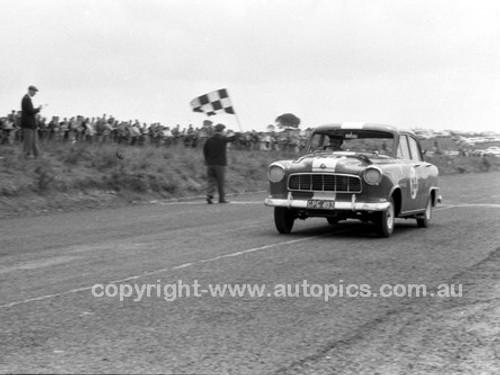 59125 -  John Reaburn Holden FE-  Fishermans Bend - 1959 - Photographer Peter D'Abbs