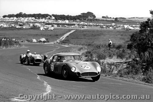 62401 - #55 Bob Jane Maserati 300S #8 W. Coad Lotus Climax - Phillip Island 1960