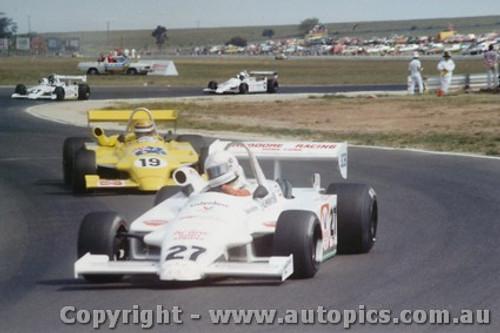81513 - #27 A. Jones #19 R. Moreno #4 J.  Bowe #12 G. Brabham - All in Ralt RT4 s - AGP Calder 1981