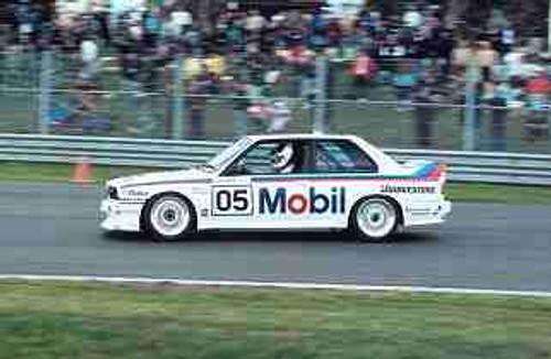 88001 - Peter Brock - BMW M3 - Sandown 1988