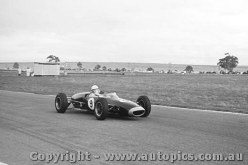64512 - D. Fletcher Lola  - Calder 1964