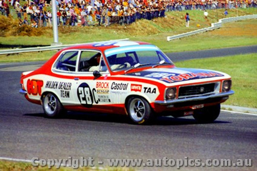 72056 - P. Brock Holden Torana XU1 - Sandown  1972