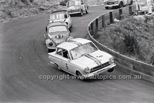 Bob Jane, Lotus Cortina & Terry Quartly, Volkswagen - Catalina Park Katoomba - 8th November 1964 - Code 64-C81164- 65