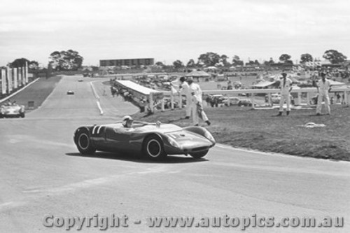 66416 - J. Roxburgh Lotus 23C  - Sandown 1966