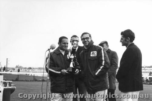 69040 - Allan Moffat and John French  - Sandown 1969