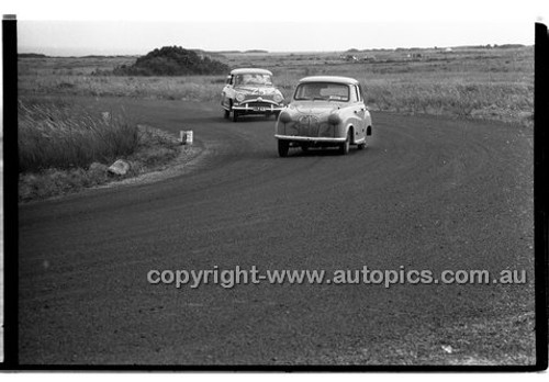G. Lavingston, Austin A30 - Phillip Island - 26th December 1957 - Code 57-PD-P261257-018