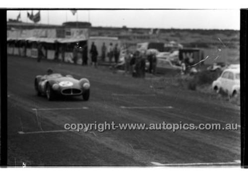 Phillip Island - 1958 - 58-PD-PJan 58-012