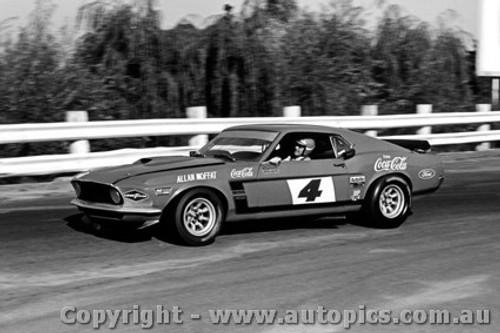 71054 - Allan Moffat Ford Mustang - Sandown  1971