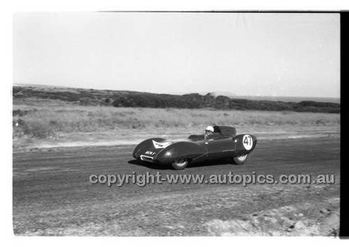 D. Swanton, Lotus XI - Phillip Island - 26th December 1958 - 58-PD-PI261258-007