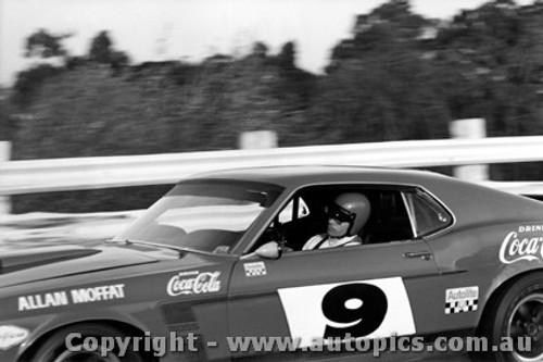 70100 - Allan Moffat - Ford Mustang - Sandown 1970