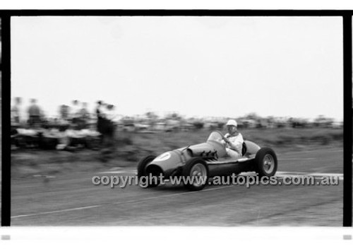 Phillip Island - 13th December  1959 - 59-PD-PI231259-028