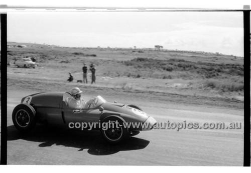 A. Miller, Cooper Climax - Phillip Island - 13th December  1959 - 59-PD-PI231259-095