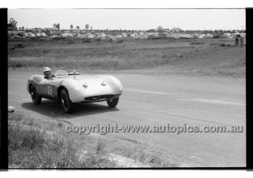 J. Leighton, Buckler - Phillip Island - 13th December  1959 - 59-PD-PI231259-126