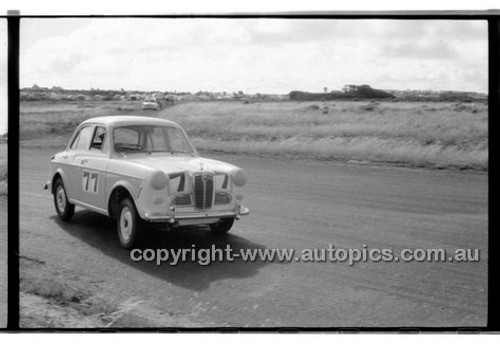 A. Edney, Austin Lancer - Phillip Island - 13th December  1959 - 59-PD-PI231259-155