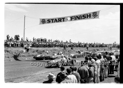 #3 Laurie Whitehead, Cooper Porsche - Phillip Island - 14th March 1960 - 60-PD-PI14360-031