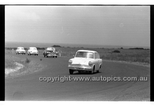 Phillip Island - 12th December 1960 - 60-PD-PI121260-004