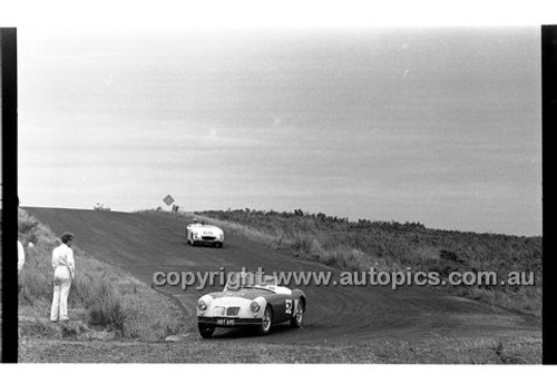 Phillip Island - 12th December 1960 - 60-PD-PI121260-022