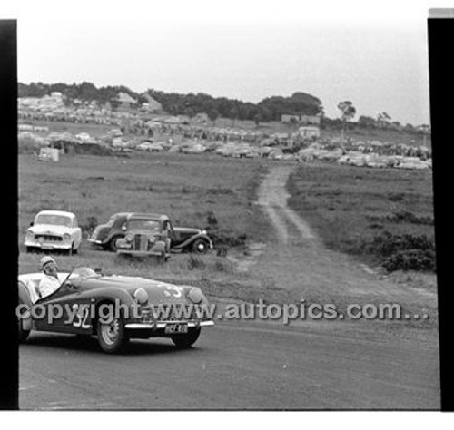 Phillip Island - 12th December 1960 - 60-PD-PI121260-024