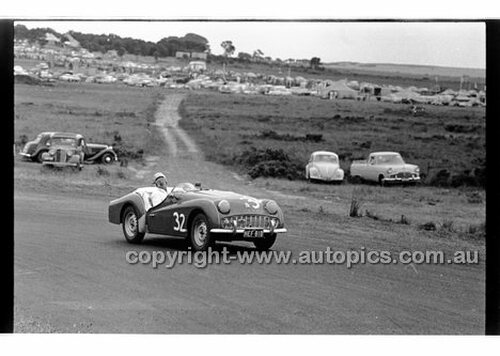 Phillip Island - 12th December 1960 - 60-PD-PI121260-034