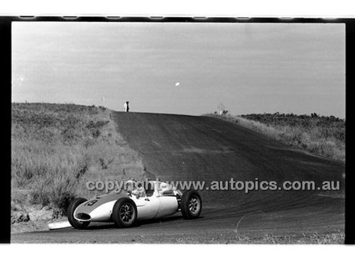 Phillip Island - 12th December 1960 - 60-PD-PI121260-040