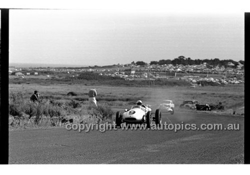 Phillip Island - 12th December 1960 - 60-PD-PI121260-043