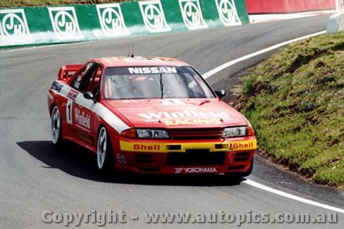 92716  - J. Richards / M. Skaife  -  Bathurst 1992 - 1st Outright - Nissan GTR