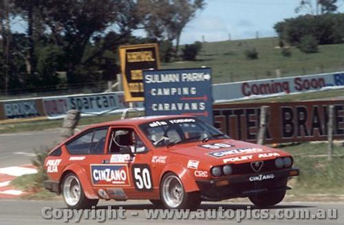 81727 - G Laggatt / P. Mc Donell - Alfa Romeo Alfetta GTV - Bathurst 1981