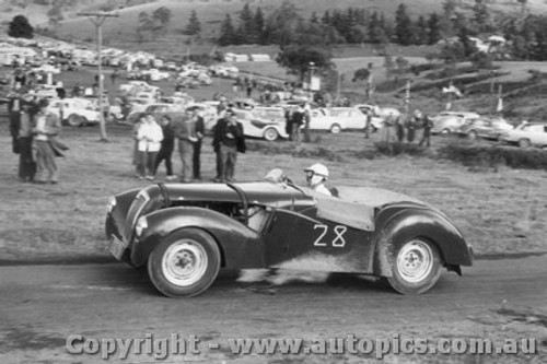58103 - G. McDonald Walker - Lea-Francis Special - Rob Roy Hlii Climb 1/1963/58