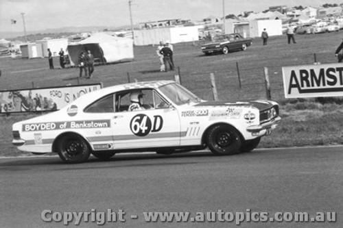 69737 - S. Petralia / W. Tuckey Holden Monaro GTS 350 - Bathurst 1969