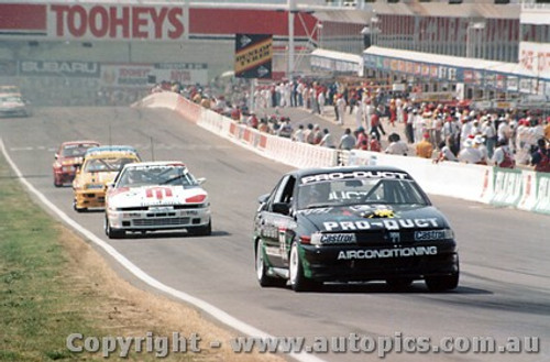 91736 - B. Pearson / B. Stewart Holden Commodore VN - J. Smith / G. Morgan Toyota Supra  - Bathurst 1991