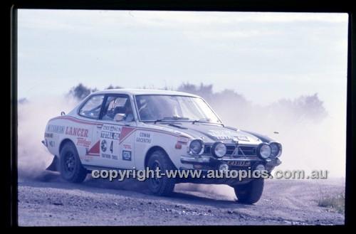 Castrol Rally 1976 - Code - 76-T-Castrol-002