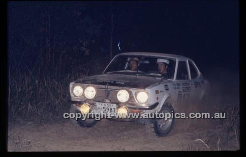 Castrol Rally 1976 - Code - 76-T-Castrol-003