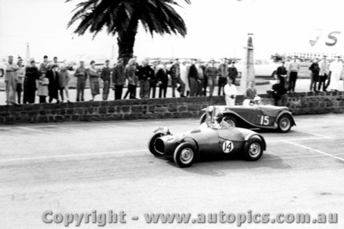 58414 -B. Sampson Morris Special & J. Clarke MG. TC - Geelong Speed Trials 1958