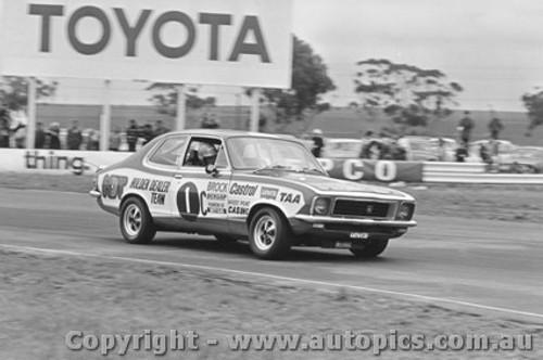 72084 - P. Brock Holden LJ Torana XU1 - Calder  1972