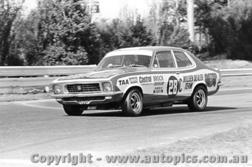 72085 - P. Brock Holden LJ Torana XU1 - Sandown  1972