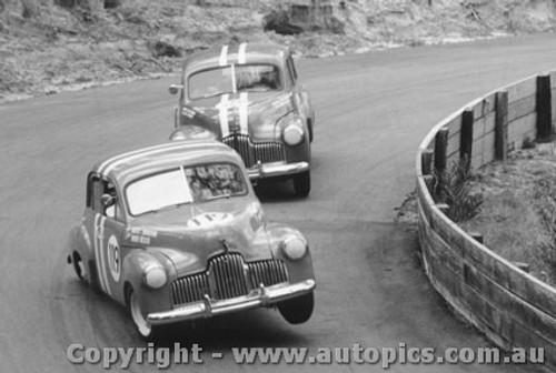 64017 - W. Weldon / B. Seton Holden FX - Catalina Park Katoomba 1964