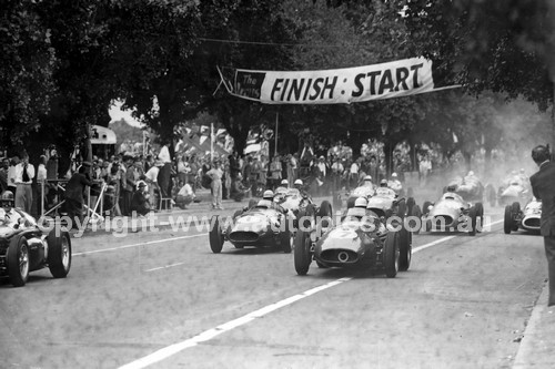 56522 - The Start of the Australian Grand Prix  Albert Park 1956  - Peter Whitehead, Ferrari 555 F1 - Stirling Moss Maserati 250F - Jean Behra, Maserati 250F