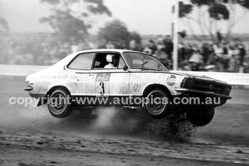 71917 - Peter Brock, Holden Torana - Calder Rallycross 1971