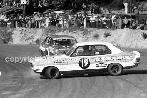 73227 - Allan Grice & Bob Morris, Holden Torana XU1 - Amaroo 1973 - Photographer Lance J Ruting