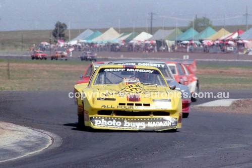 84435 - Geoff Munday, Monza - Calder 1984 - Photographer Peter D'Abbs