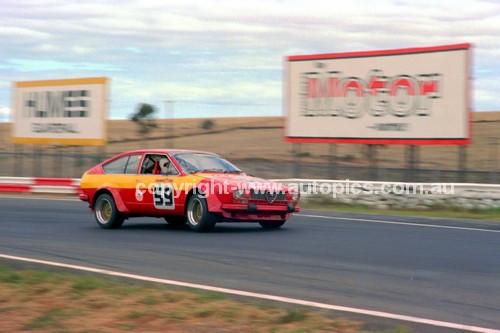 81088 - Joseph Beninca, Alfetta GTV  - Calder 15th March 1981 - Photographer Peter D'Abbs