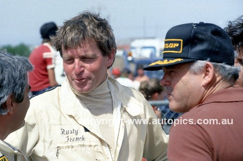 83032 - Rusty French & Bob Jane - Calder 1983 - Photographer Ray Simpson