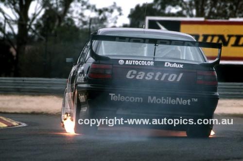 92048 - Tomas Mezera / Brad Jones, VP Commodore - Sandown 1992 - Photographer Marshall Cass