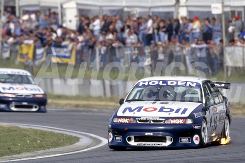 96032 - Craig Lowndes   Holden Commodore VR  - ATCC 1996