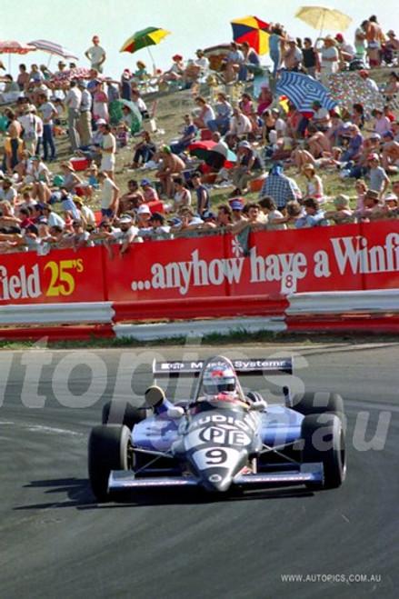 84529 - Keke Rosberg - Ralt RT4 - Calder 1984 - Photographer Peter D'Abbs