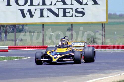 82085 - Tim Slaco - Elfin ME6 - Calder 1982