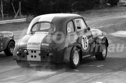 69358 - Peter Brock, Austin A30 - Hume Weir 1969 - Photographer John Lindsay