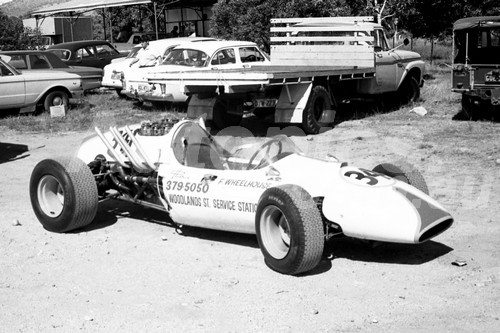 68257 - Fred Wheelhouse Cooper Corvette, Hume Weir 1968 - PhotographerJohn Lindsay